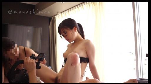 FC2-PPV-1459108 美少女JD由香と美魔女ホステス杏奈❤️透き通る白い肌と熟れた美魔女が濃厚レズプレイから肉棒を二つのクチマ◉コで極上サンドイッチフェラ❤️購入特典あり